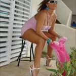 MIS FETICHES: LADY BARBARA FETISH PINK OUTDOORS