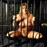 MIS FETICHES: NUDE CHRISSY SM FACTORY